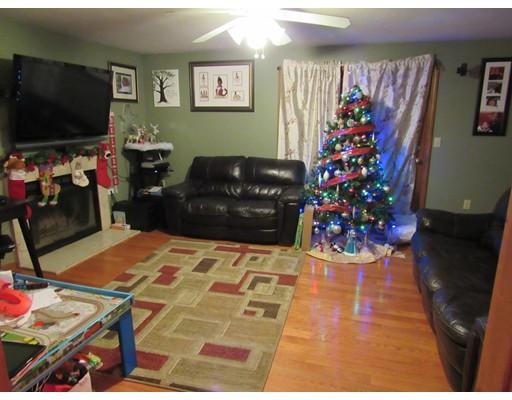 Condominium for Rent at 63 Mallard Dr #63 63 Mallard Dr #63 Fitchburg, Massachusetts 01420 United States