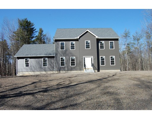Single Family Home for Sale at 108 Birch Hill Road 108 Birch Hill Road West Brookfield, Massachusetts 01585 United States