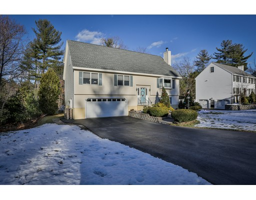 Single Family Home for Sale at 18 Seneca Lane 18 Seneca Lane Wilmington, Massachusetts 01887 United States