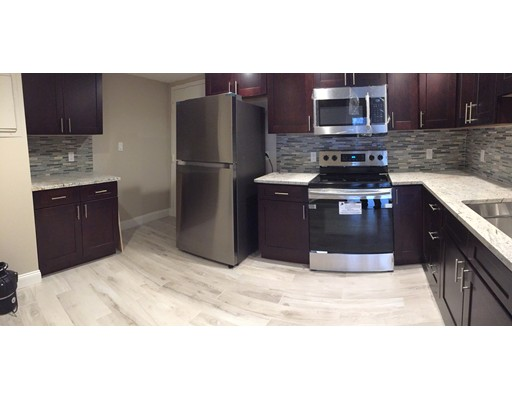 Appartement en copropriété pour l à louer à 406 Paradise #2-Q 406 Paradise #2-Q Swampscott, Massachusetts 01907 États-Unis