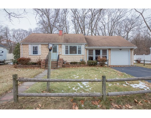 Single Family Home for Sale at 39 Birchcroft Road 39 Birchcroft Road Braintree, Massachusetts 02184 United States