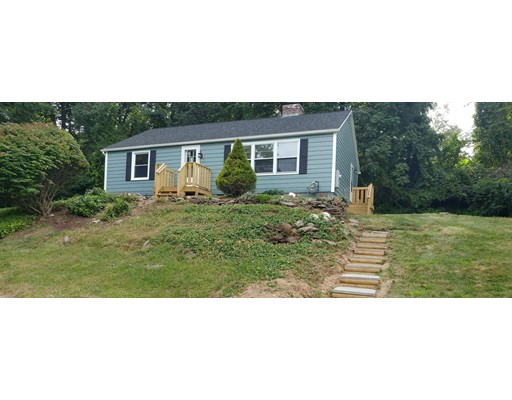 Single Family Home for Rent at 228 Pleasant Street 228 Pleasant Street East Longmeadow, Massachusetts 01028 United States