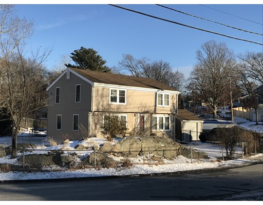 Single Family Home for Rent at 49 Lambert Avenue #yr round 49 Lambert Avenue #yr round Weymouth, Massachusetts 02189 United States