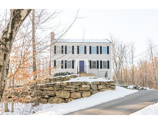 Casa Unifamiliar por un Venta en 408 Jones Hill Road 408 Jones Hill Road Ashby, Massachusetts 01431 Estados Unidos