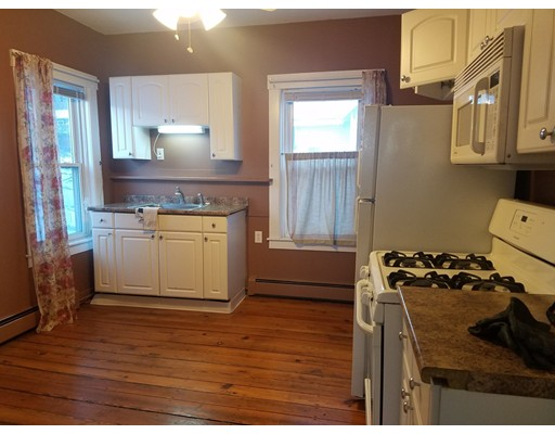 Single Family Home for Rent at 15 Pleasant Spencer, Massachusetts 01562 United States
