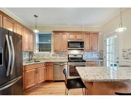 独户住宅 为 出租 在 42 Washburn Street 波士顿, 02125 美国