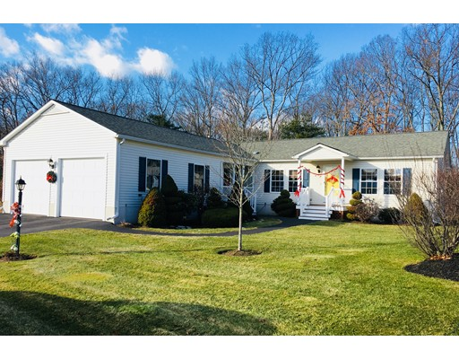 Single Family Home for Sale at 68 Brookstone Drive 68 Brookstone Drive Bridgewater, Massachusetts 02324 United States