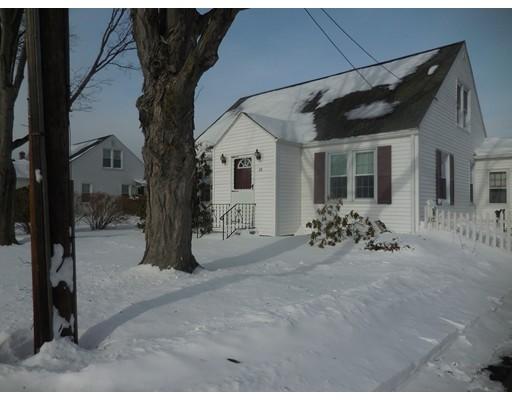 واحد منزل الأسرة للـ Sale في 26 Belmont Street 26 Belmont Street Ludlow, Massachusetts 01056 United States