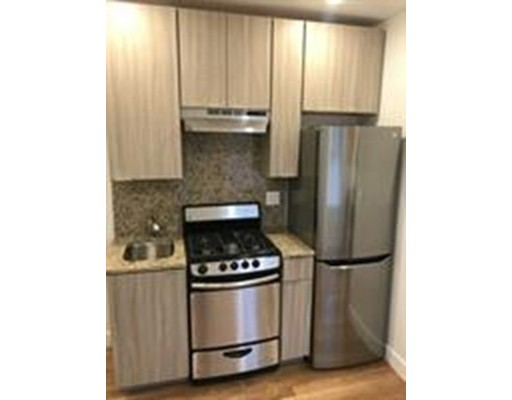 Additional photo for property listing at 21 Fifth street  Chelsea, Massachusetts 02150 Estados Unidos
