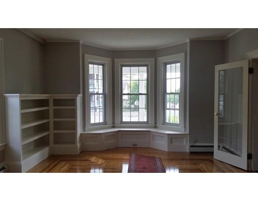 独户住宅 为 出租 在 125 Walnut Street Leominster, 马萨诸塞州 01453 美国