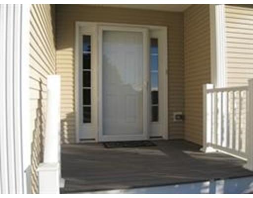 Condominium for Rent at 113 New Athol Road #109 113 New Athol Road #109 Orange, Massachusetts 01364 United States