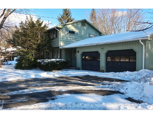Single Family Home for Sale at 1290 Victory Hwy 1290 Victory Hwy North Smithfield, Rhode Island 02896 United States