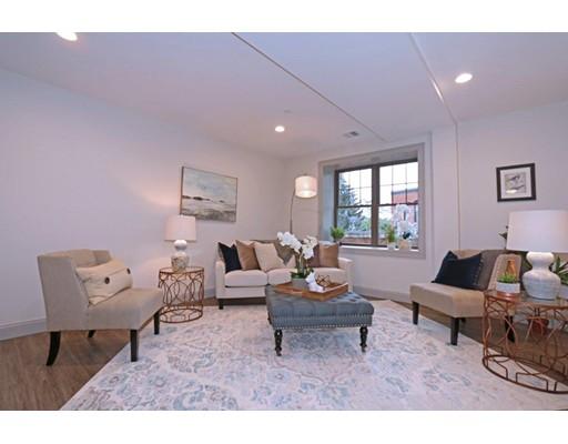 独户住宅 为 出租 在 1580 River Street 波士顿, 马萨诸塞州 02136 美国