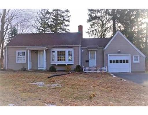 Частный односемейный дом для того Аренда на 561 Longmeadow St. #561 561 Longmeadow St. #561 Longmeadow, Массачусетс 01106 Соединенные Штаты