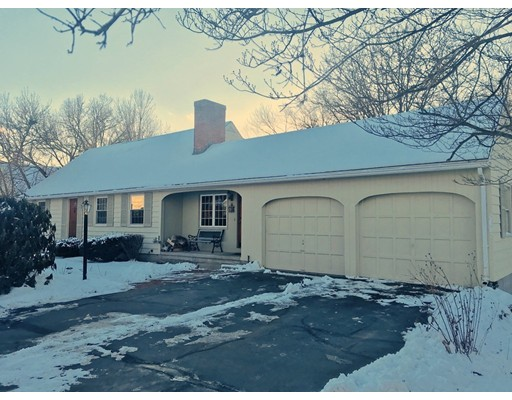 Single Family Home for Sale at 79 Hillside Drive 79 Hillside Drive East Longmeadow, Massachusetts 01028 United States