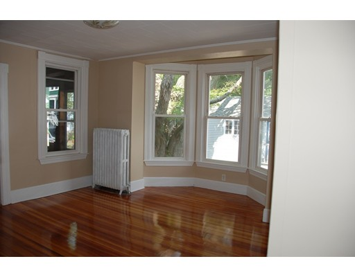 Picture 11 of 177 South Pleasant  Haverhill Ma 5 Bedroom Multi-family