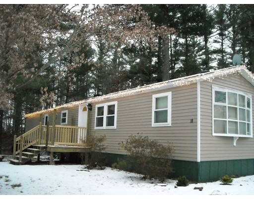 Single Family Home for Sale at 18 Kennedy Drive 18 Kennedy Drive Carver, Massachusetts 02330 United States