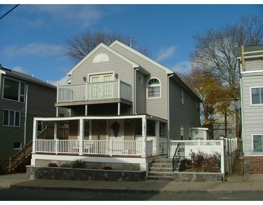 Maison unifamiliale pour l Vente à 156 Locust Street 156 Locust Street Winthrop, Massachusetts 02152 États-Unis