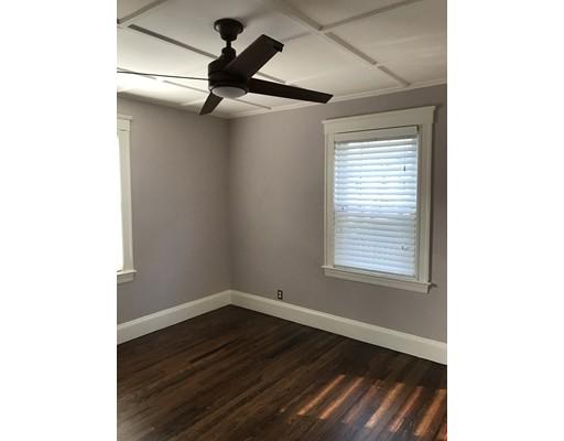 واحد منزل الأسرة للـ Rent في 204 Eastern Avenue 204 Eastern Avenue Lynn, Massachusetts 01902 United States