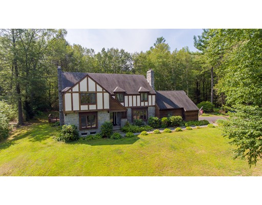 Single Family Home for Rent at 43 Country Corners Road 43 Country Corners Road Amherst, Massachusetts 01002 United States