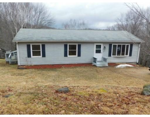 واحد منزل الأسرة للـ Sale في 352 Reed Street 352 Reed Street Warren, Massachusetts 01083 United States