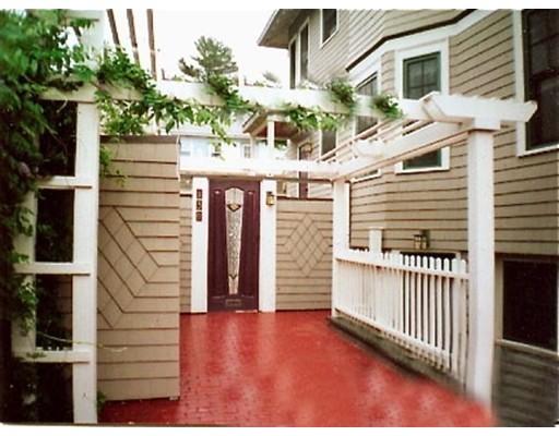Appartement pour l à louer à 136 Appleton Street #G 136 Appleton Street #G Cambridge, Massachusetts 02138 États-Unis