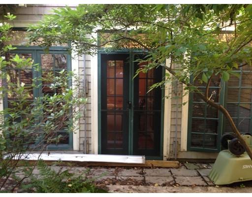 Additional photo for property listing at 136 Appleton Street  Cambridge, Massachusetts 02138 Estados Unidos