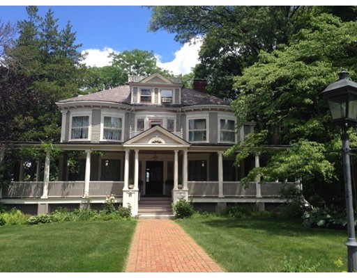 Single Family Home for Rent at 25 HUNNEWELL AVE. #25 25 HUNNEWELL AVE. #25 Newton, Massachusetts 02458 United States