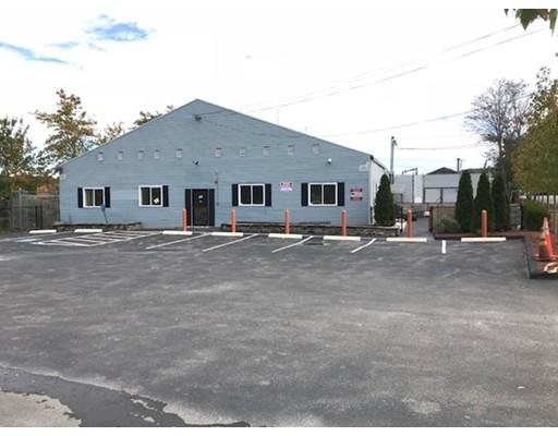 Commercial pour l Vente à 58 McDonald Street 58 McDonald Street Dedham, Massachusetts 02026 États-Unis