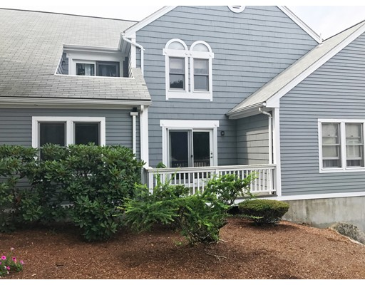 共管式独立产权公寓 为 销售 在 40 Fairway Ln #A2 40 Fairway Ln #A2 Blackstone, 马萨诸塞州 01504 美国