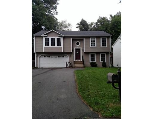 Частный односемейный дом для того Аренда на 217 Cabinet Street #1 217 Cabinet Street #1 Springfield, Массачусетс 01129 Соединенные Штаты