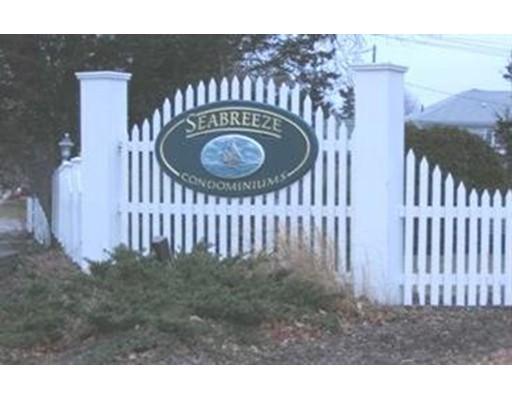 Appartement en copropriété pour l Vente à 56 Center 56 Center Dennis, Massachusetts 02638 États-Unis