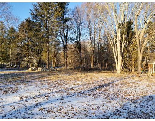 Additional photo for property listing at 375 East Center Street  West Bridgewater, Massachusetts 02379 Estados Unidos