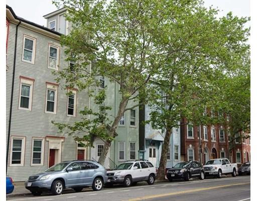 Casa Unifamiliar por un Alquiler en 318 Chelsea Street Boston, Massachusetts 02128 Estados Unidos
