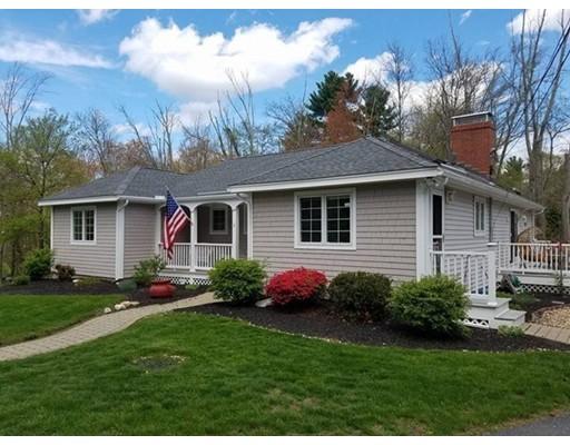 واحد منزل الأسرة للـ Sale في 7 Forge Village Road 7 Forge Village Road Westford, Massachusetts 01886 United States