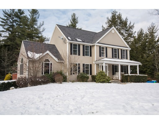 Single Family Home for Sale at 134 Calamint Hill Rd N 134 Calamint Hill Rd N Princeton, Massachusetts 01541 United States