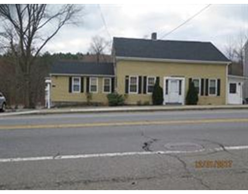 شقة للـ Rent في 513 Main St #R 513 Main St #R Sturbridge, Massachusetts 01518 United States