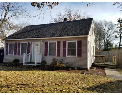 واحد منزل الأسرة للـ Sale في 13 Sandy Pond Road 13 Sandy Pond Road Ayer, Massachusetts 01432 United States