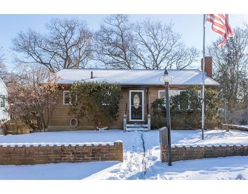 Частный односемейный дом для того Продажа на 20 Bates Park Avenue 20 Bates Park Avenue Beverly, Массачусетс 01915 Соединенные Штаты