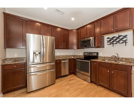 Кондоминиум для того Продажа на 426 John Mahar Hwy #107 426 John Mahar Hwy #107 Braintree, Массачусетс 02184 Соединенные Штаты