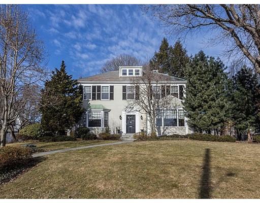 Частный односемейный дом для того Продажа на 1 Everett 1 Everett Winchester, Массачусетс 01890 Соединенные Штаты