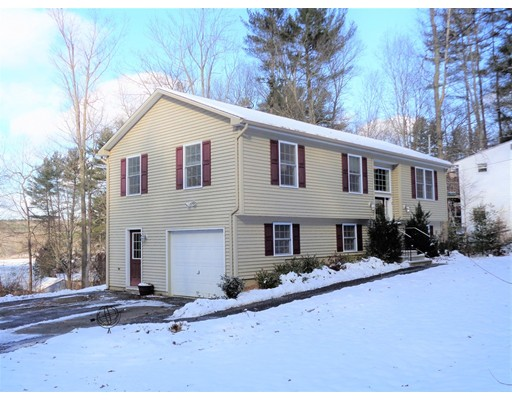 Single Family Home for Sale at 7 Knollwood Road 7 Knollwood Road Brimfield, Massachusetts 01010 United States