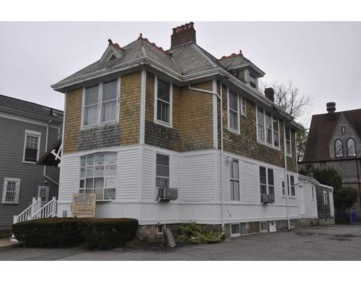 Single Family Home for Rent at 98 Spring Street 98 Spring Street New Bedford, Massachusetts 02740 United States