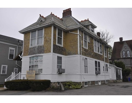 Apartment for Rent at 98 Spring Street #2 98 Spring Street #2 New Bedford, Massachusetts 02740 United States