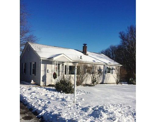 Single Family Home for Sale at 244 Lydia Avenue 244 Lydia Avenue Woonsocket, Rhode Island 02895 United States