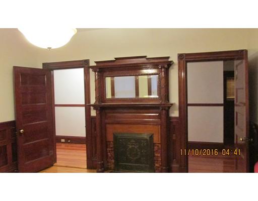 Additional photo for property listing at 27 Claybourne  Boston, Massachusetts 02124 United States