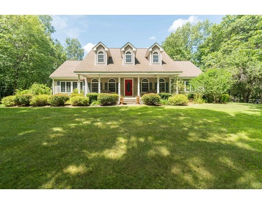 Single Family Home for Sale at 10 Thorne Road Kingston, New Hampshire 03848 United States