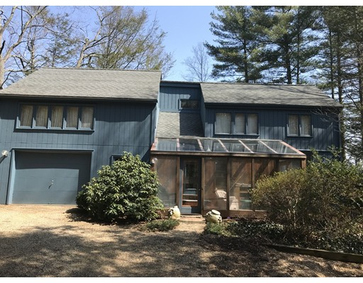 Single Family Home for Sale at 2 Lane 21 2 Lane 21 Brookfield, Massachusetts 01506 United States