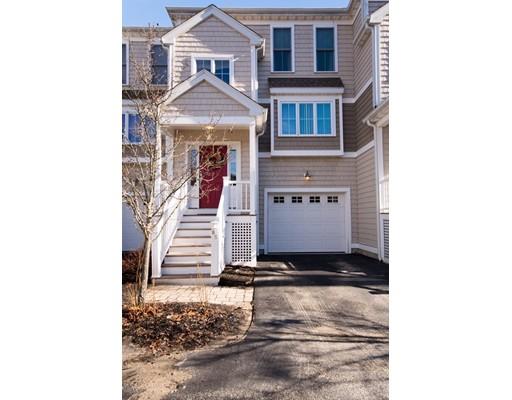 共管式独立产权公寓 为 销售 在 1 New Road East Providence, 罗得岛 02916 美国