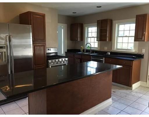 Casa Unifamiliar por un Alquiler en 106 Fort Hill Street Hingham, Massachusetts 02043 Estados Unidos